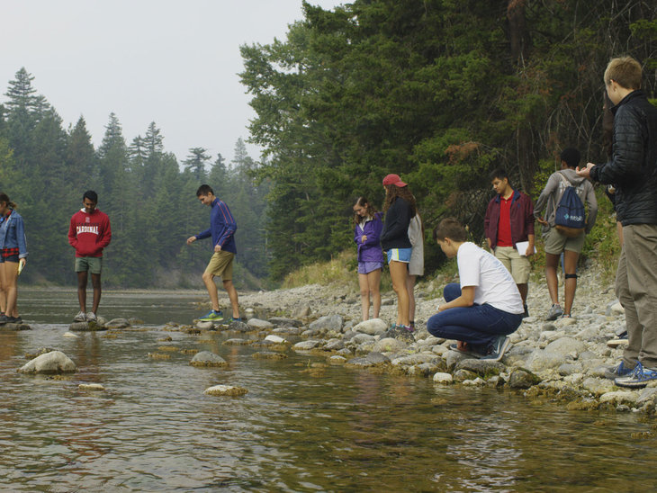 Students explore Columbia River tributaries